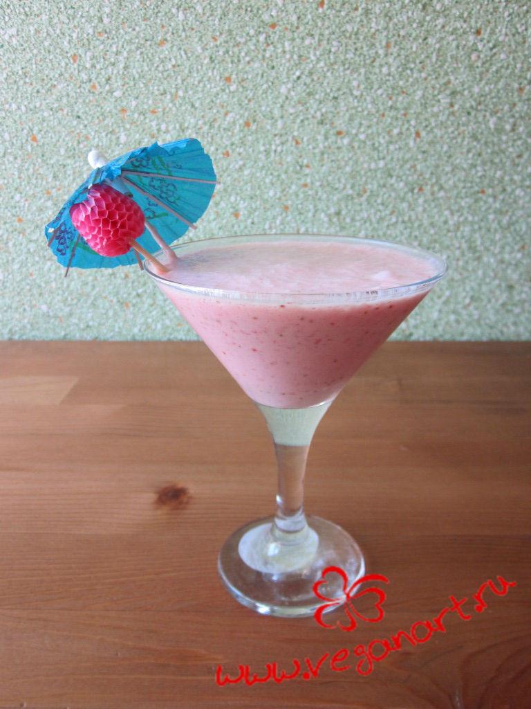 Клубничный коктейль