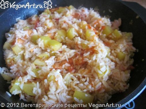 zharennyj ris s ovoschami