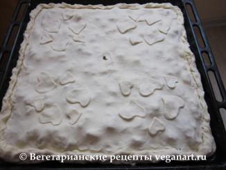 Украшаем пирог с грибами