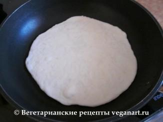 Обжариваем. Хачапури с сыром