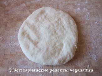 Переворачиваем. Хачапури с сыром